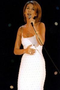 Céline Dion à la soirée des 'World Music Awards' le 8 mai 1996 à Monaco. (Photo by Jean-Pierre REY/Gamma-Rapho via Getty Images)