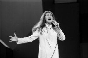 """Céline Dion at the """"Gala des dix femmes de l'année."""" (© Photo Armand Trottier, archives La Presse)"""