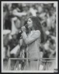 (Source: Bibliothèque et Archives nationales du Québec, Céline Dion, 1981-1998, BAnQ Vieux-Montréal, Fonds La Presse, (06M,P833,S2,D1619), Armand Trottier)