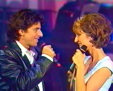 Céline Dion and Patrick Bruel performing 'L'encre de tes yeux'