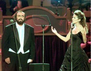 Luciano Pavarotti, Céline Dion (© AP Photo/Massimo Sambucetti)