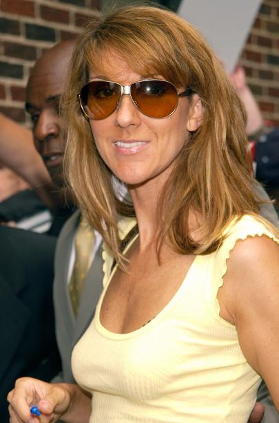 """Céline Dion arrives for a taping of the """"Late Show with David Letterman"""" (© Lawrence Lucier/Getty Images)"""