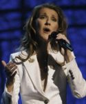 Céline Dion performs during a tribute to Luther Vandross. (© AP Photo/Kevork Djansezian)