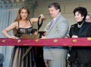 Céline Dion, Gary Loveman, Lorraine T. Hunt (© Photo by Ethan Miller/Getty Images)