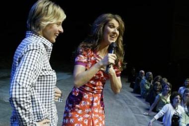 Ellen DeGeneres & Céline Dion (© AP File/Warner Bros., Isaac Brekken)