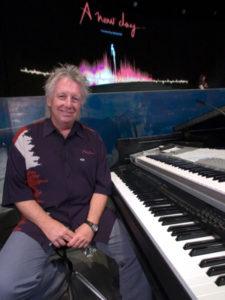 "Claude ""Mego"" Lemay, the musical director (© Le Journal de Montréal/Martin Bouffard)"