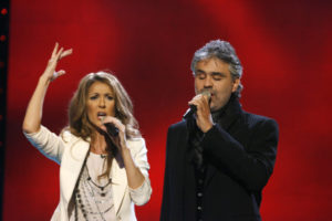 Céline Dion, Andrea Bocelli (© Ken McKay)