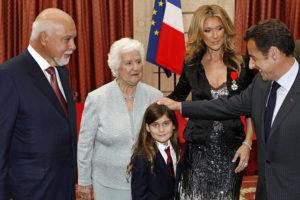 René Angélil, Thérèse Dion, René-Charles, Céline Dion, Nicolas Sarkozy (© Charles Platiau, Reuters)