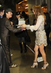Céline Dion, Carlos Santana (© Christopher Polk/Getty Images North America)