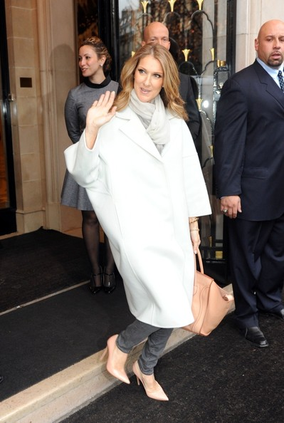"Céline Dion leaving the George V hotel to go to the taping of the television special ""Vivement Dimanche"" (© PacificCoastNews.com)"