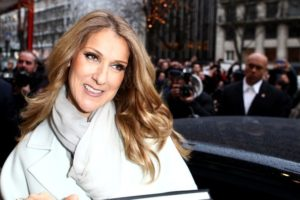 """Céline Dion leaving the George V hotel to go to the taping of the television special """"Vivement Dimanche"""" (© Eliot Press/Bauer Griffin)"""