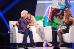 Celine with her mother Thérèse and Julie Snyder on the set of 'Céline Dion… Sans attendre' (© OSA Images)
