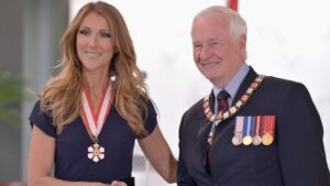 Céline Dion, General David Johnston (© The Canadian Press/Jacques Boissinot)